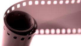 Czytaj więcej o: Bliżej Kina – pokazy filmowe                          z audiodeskrypcją                                              i napisami dla niesłyszących                                          17-19 września 2021                                    Kino Kultura w Warszawie